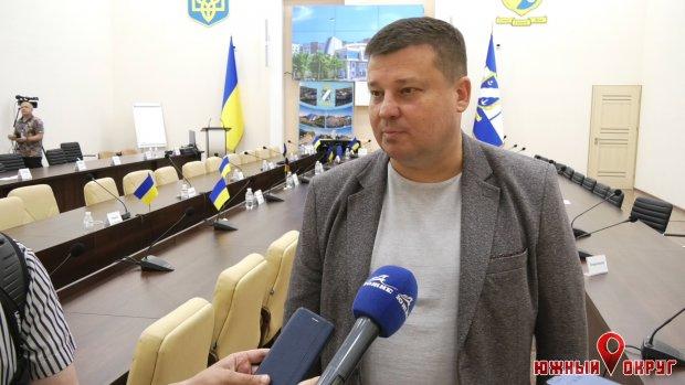 Дмитрий Любивый, начальник управления ЖКХ.